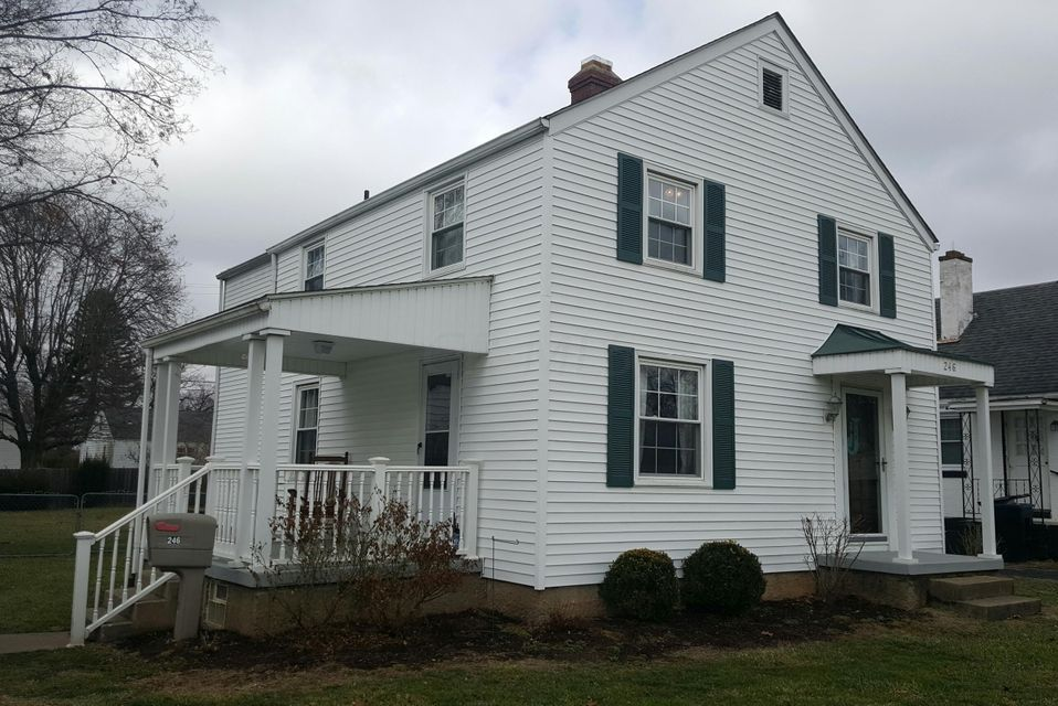 Photo of home for sale at 246 Stare Road, Newark OH