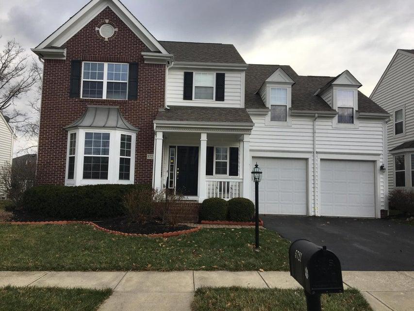 5721 Sugarwood Drive, New Albany, OH 43054