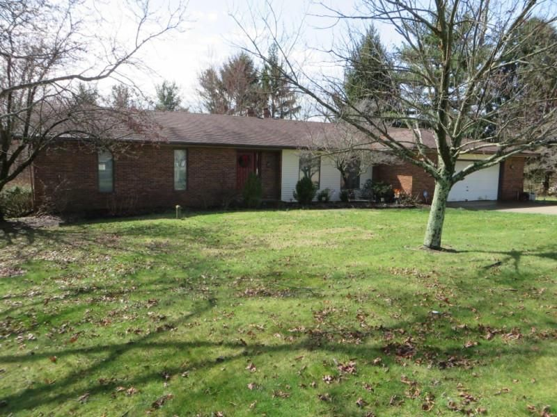 283 Lakeview Drive NE, Lancaster, OH 43130