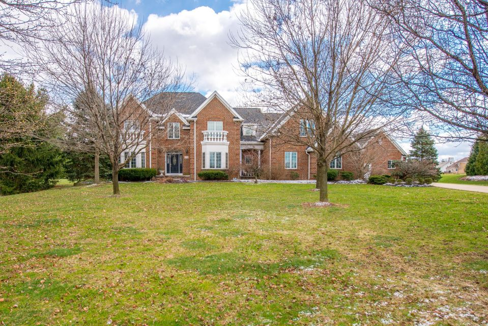 6716 Ohio Canal Court NW, Canal Winchester, OH 43110