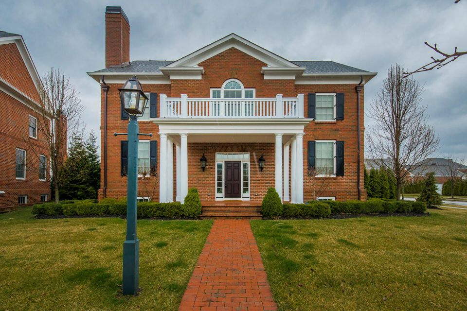 5005 Chelsea Green W, New Albany, OH 43054