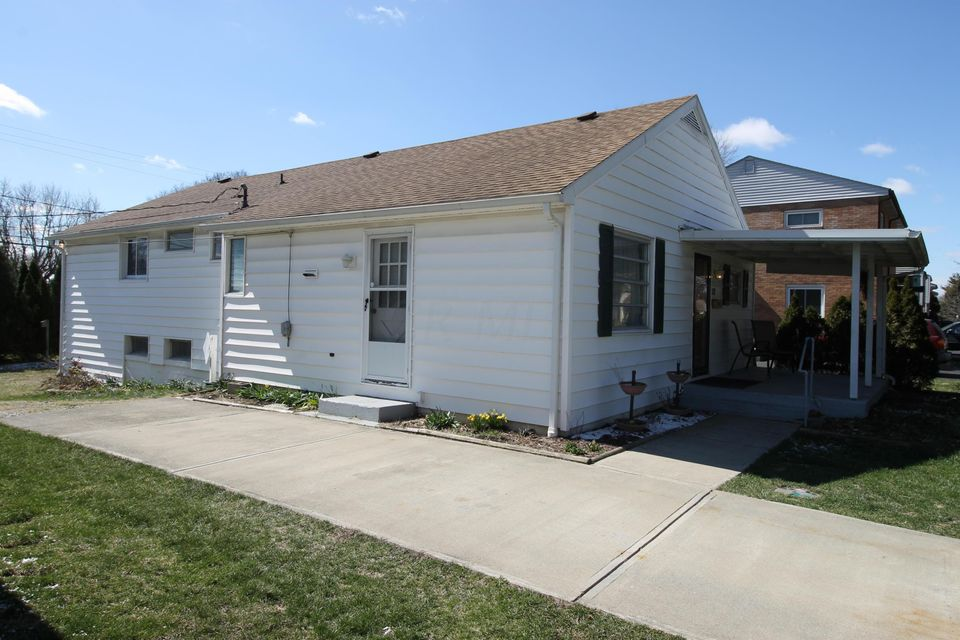 37 E Hocking Street, Canal Winchester, OH 43110