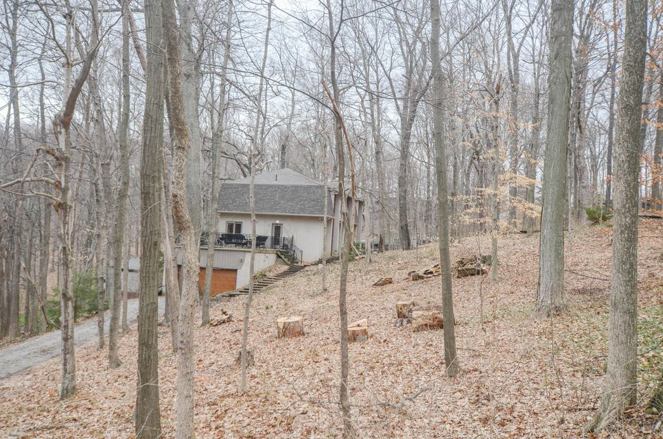 261 Thornewood Drive, Granville, OH 43023