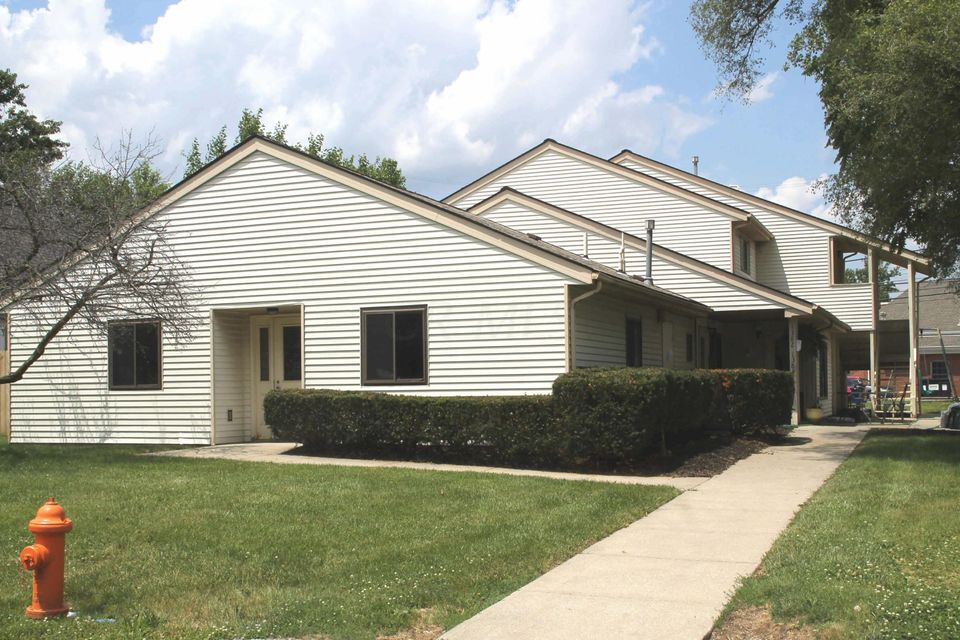 Photo of home for sale at 1382-1384 Ida Avenue, Columbus OH