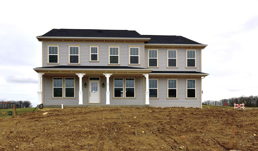 164 Terrier Court, Pataskala, OH 43062