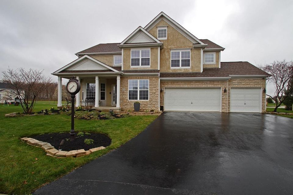 6576 Braddock Place, Canal Winchester, OH 43110