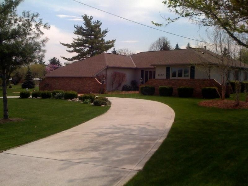 2277 White Road, Grove City, OH 43123