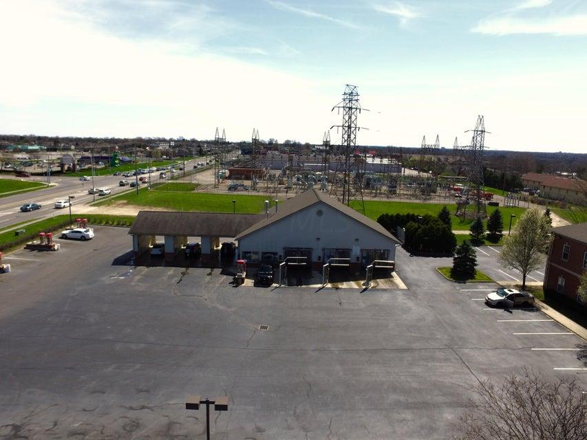 4865 Sawmill Road, Columbus, OH 43235
