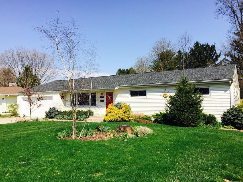 404 Welsh View Drive, Newark, OH 43055