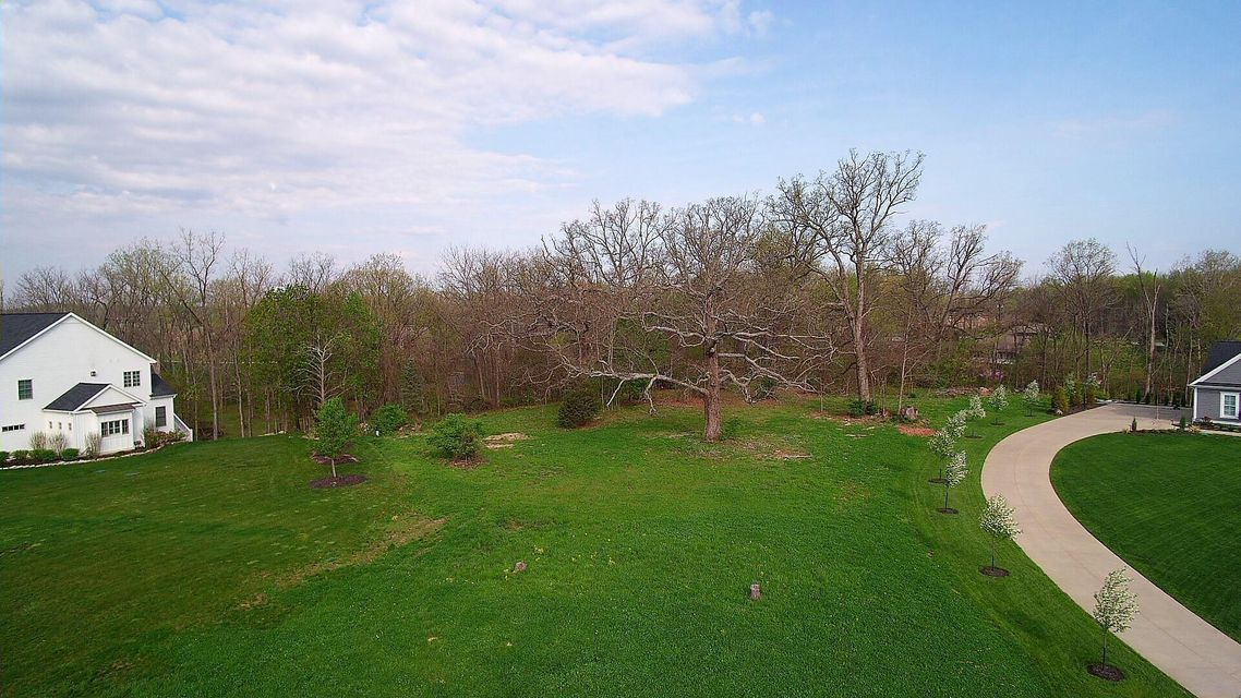 Photo of home for sale at 2320 Wildcat Run Court, Powell OH