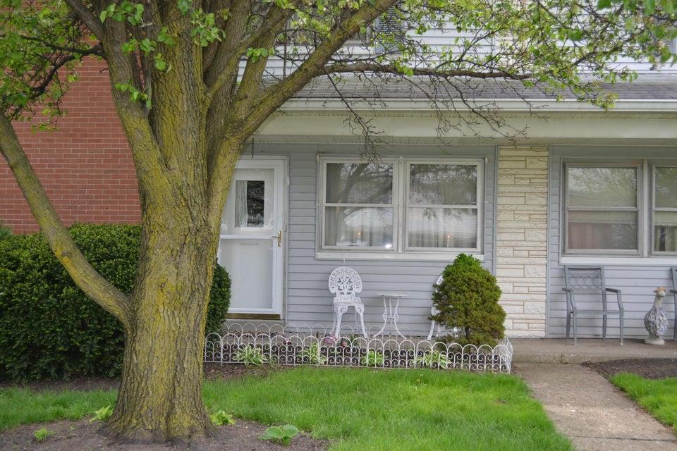8 Oak Road, Columbus, OH 43217