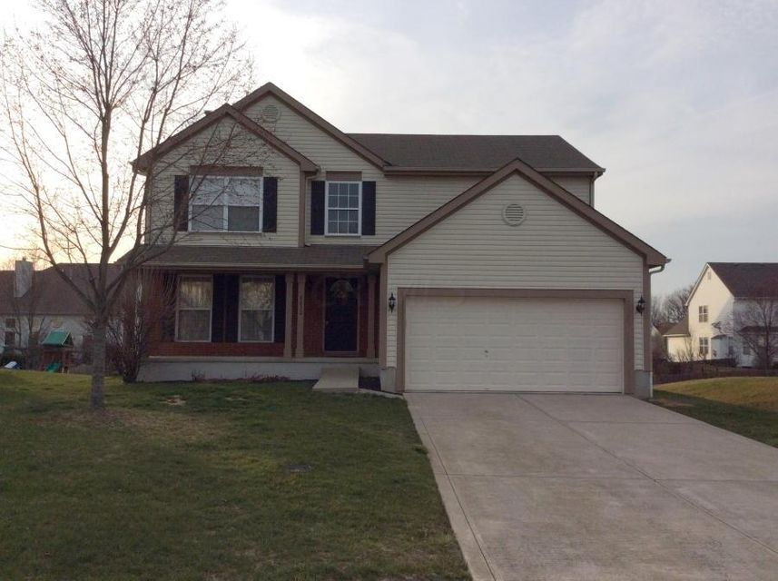 8032 Crescent Drive, Lewis Center, OH 43035