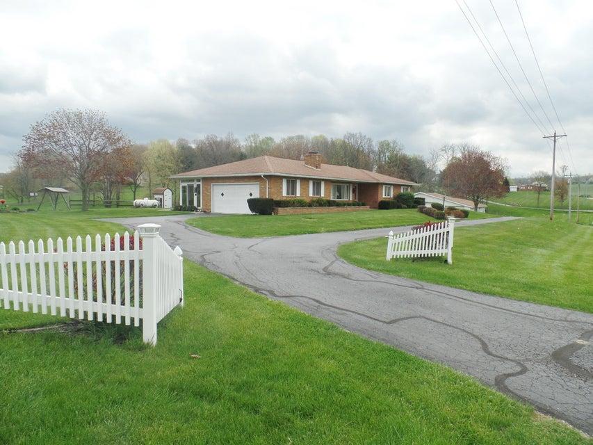 4023 Brownsville Road SE, Newark, OH 43055