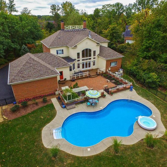 2290 Old Stone Road, Blacklick, OH 43004