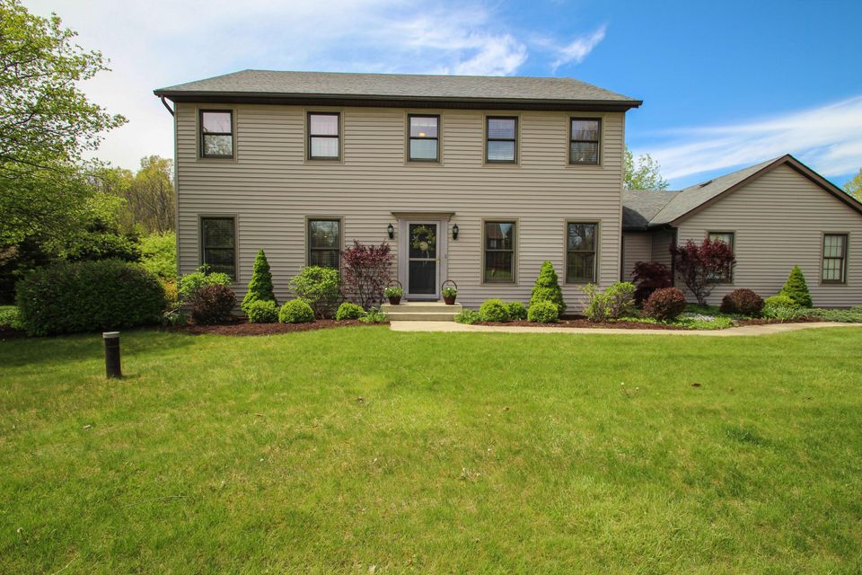 4563 Smiley Drive NW, Canal Winchester, OH 43110