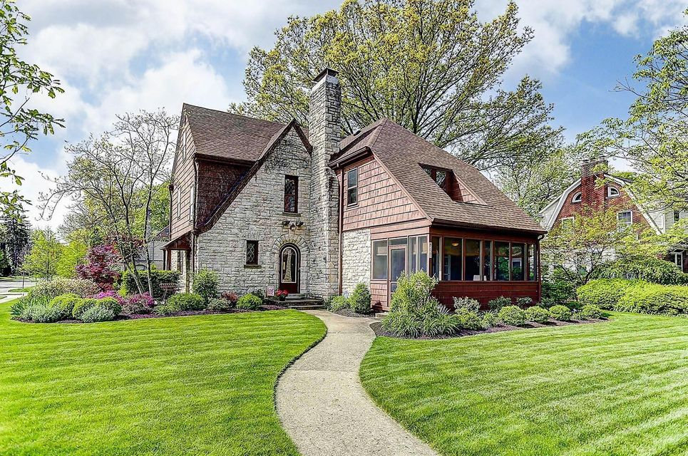 2467 Plymouth Avenue, Bexley, OH 43209