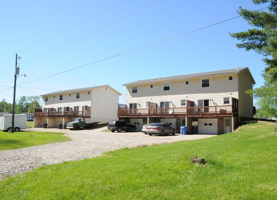 Photo of home for sale at 8801-8817 Northgate Drive, Cambridge OH