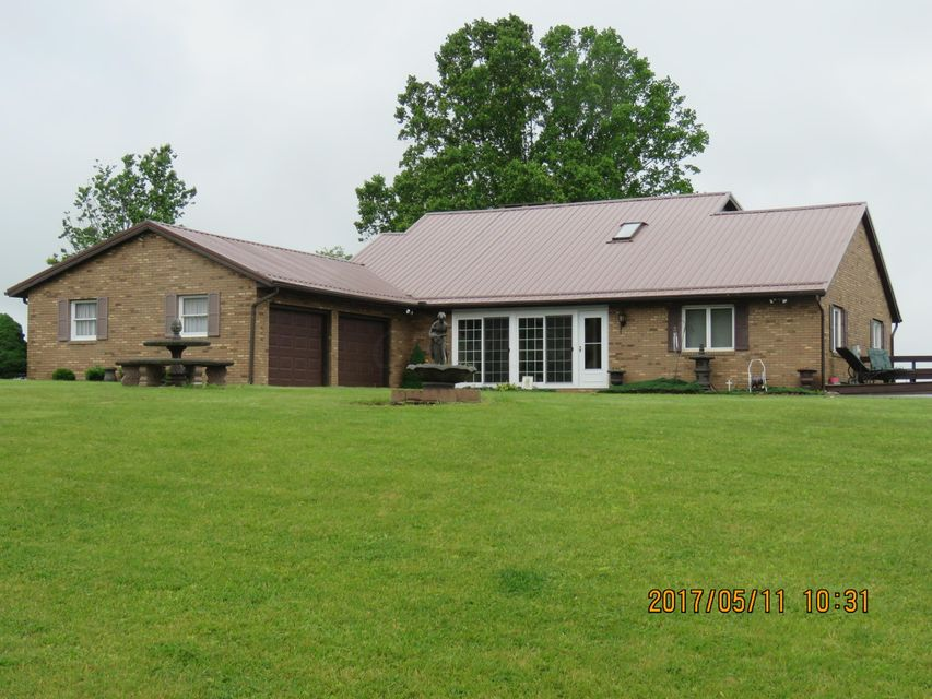 6919 Zwickle Road, Logan, OH 43138