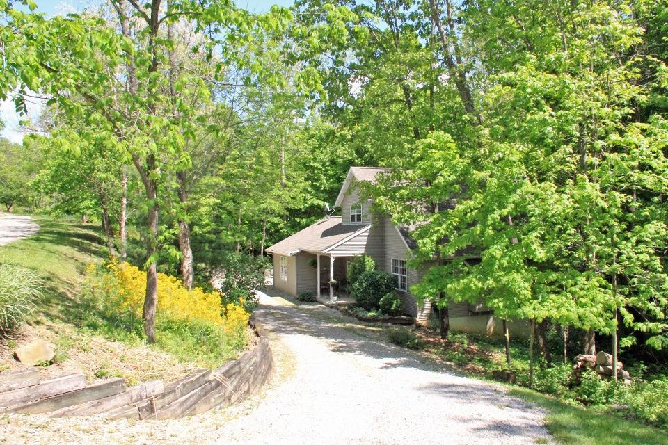 393 Osage Lane, Hide A Way Hills, OH 43107