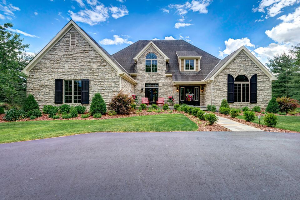 1847 White Oak Drive, Delaware, OH 43015
