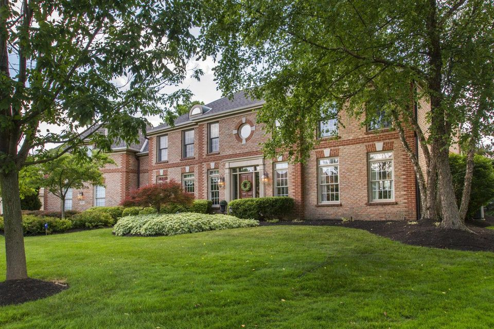 5656 Medallion Drive E, Westerville, OH 43082