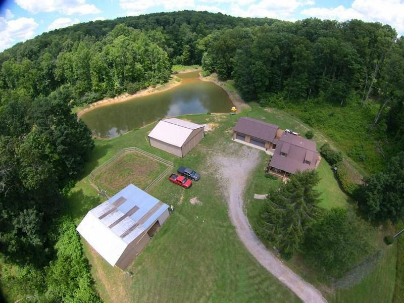 Photo of home for sale at 7805 Revenge Road SW, Lancaster OH