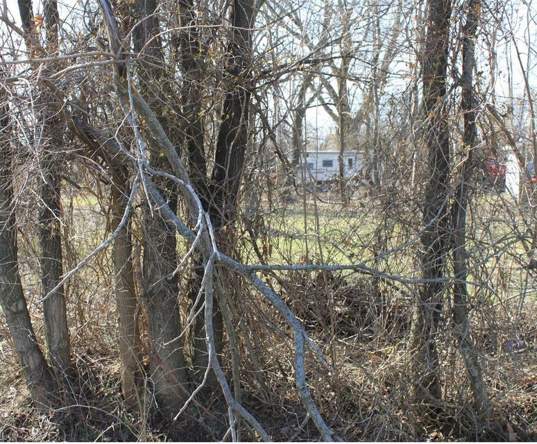 Photo of home for sale at 0 Dewey Avenue, Columbus OH