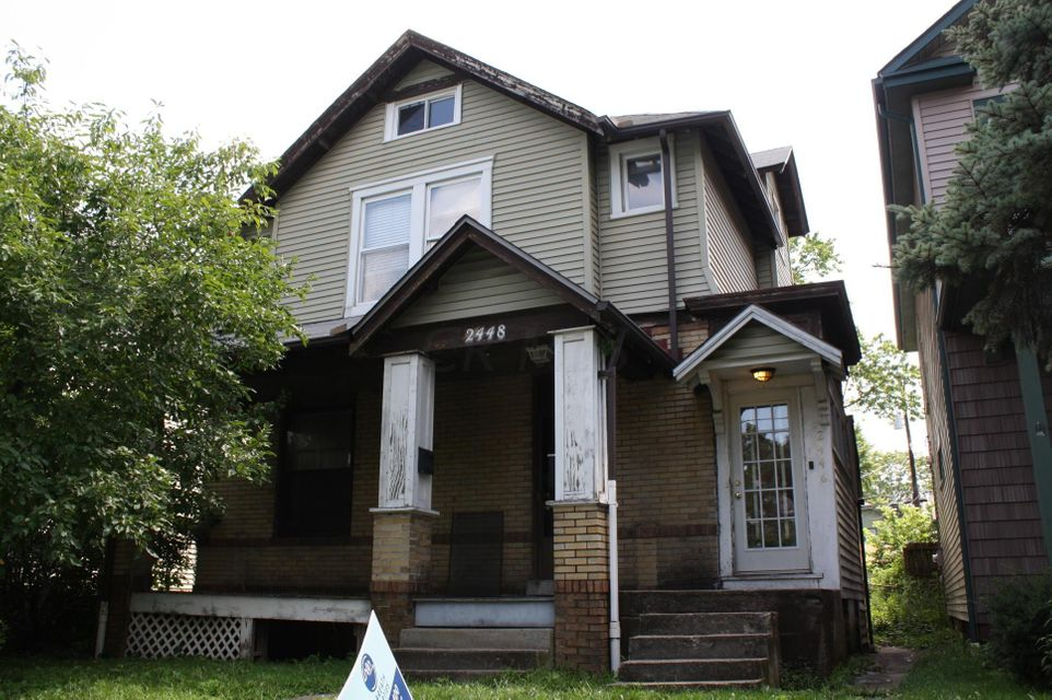 Photo of home for sale at 2446 Summit Street, Columbus OH