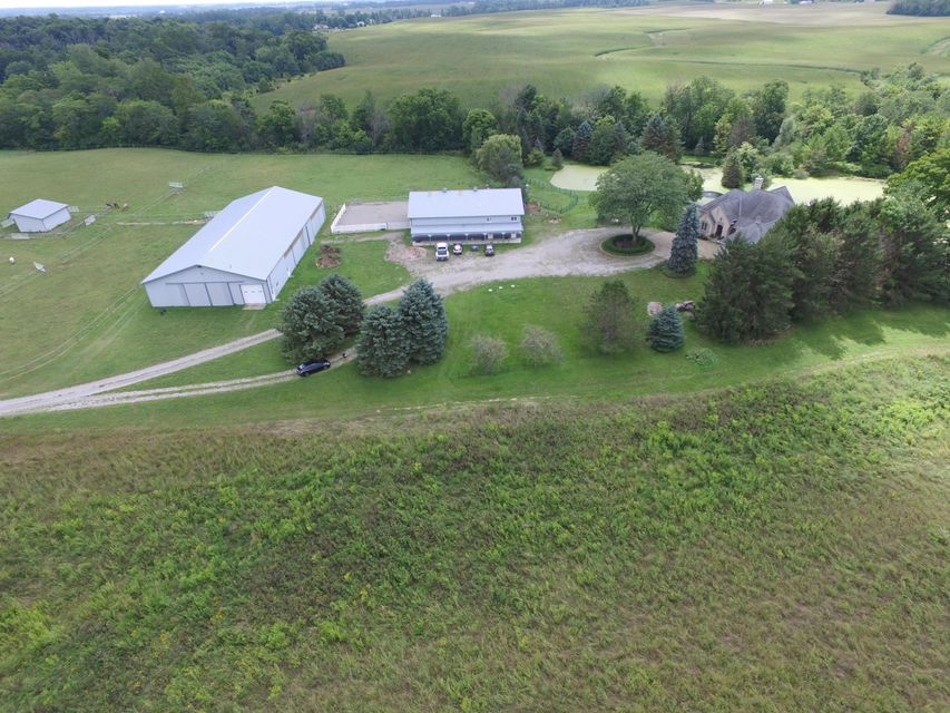 Photo of home for sale at 6322 County Road 158, East Liberty OH