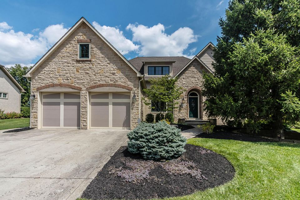 Photo of 6616 McBurney Place, Worthington, OH 43085