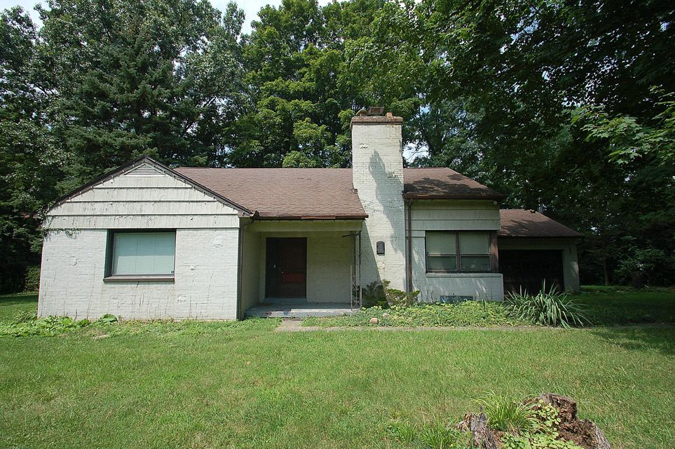 Photo of home for sale at 5049 Sunbury Road, Columbus OH