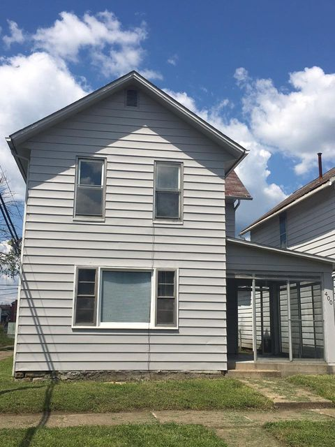 Photo of home for sale at 400 Eastern Avenue, Newark OH
