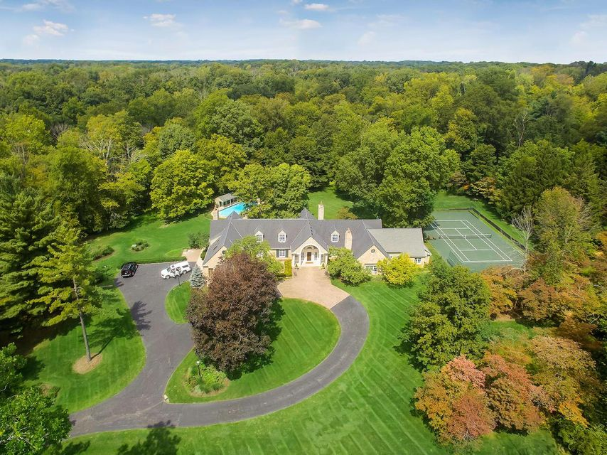 Photo of 137 Green Hollow Road SW, Pataskala, OH 43062