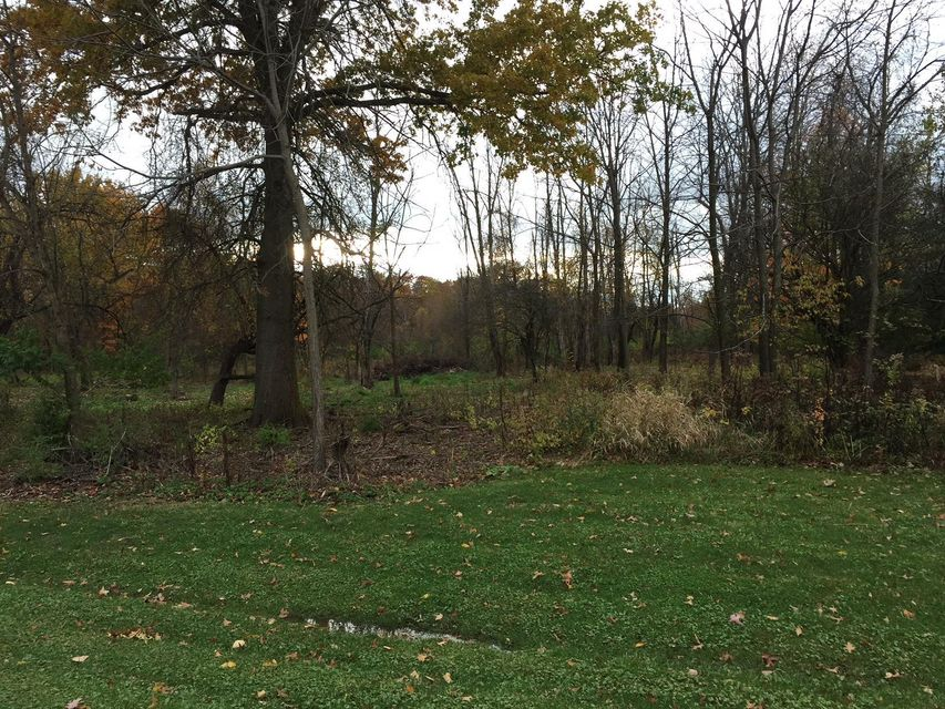 Photo of home for sale at 0 Teresas Trail, Galena OH