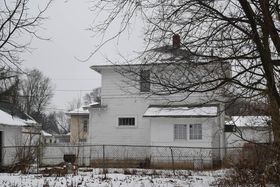 Photo of home for sale in Newark OH