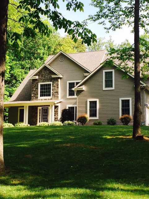 Photo of home for sale in Hillsboro OH