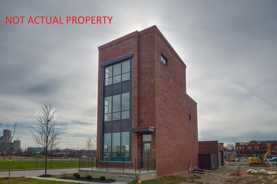 Photo of home for sale at 296 Cornelius Street, Columbus OH
