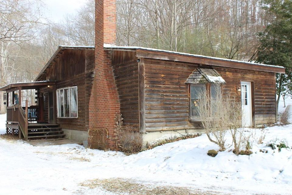 Photo of home for sale in Albany OH