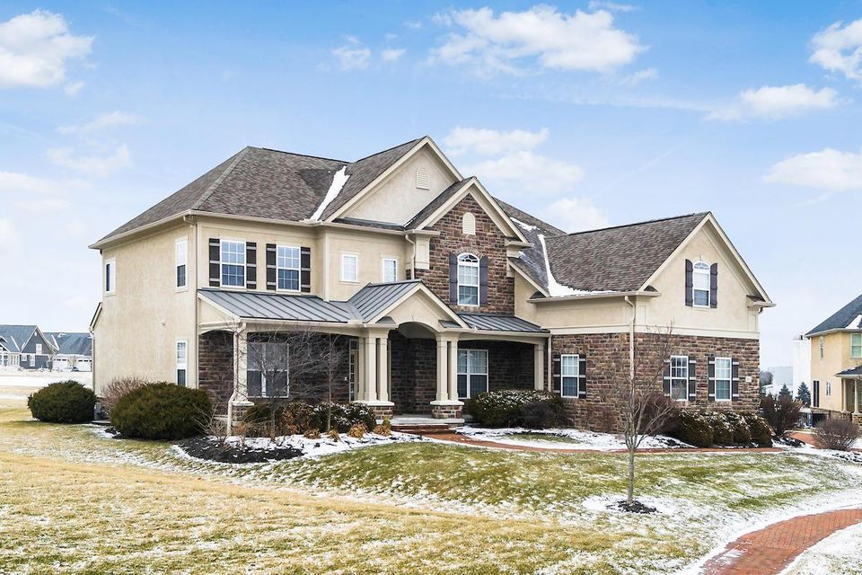 Photo of 4691 Hirth Hill Road W, Grove City, OH 43123
