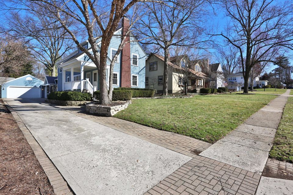 Photo of 112 Stafford Avenue, Worthington, OH 43085