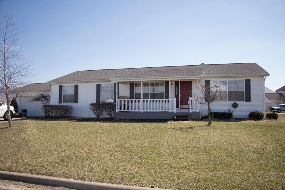 Photo of home for sale in Milford Center OH