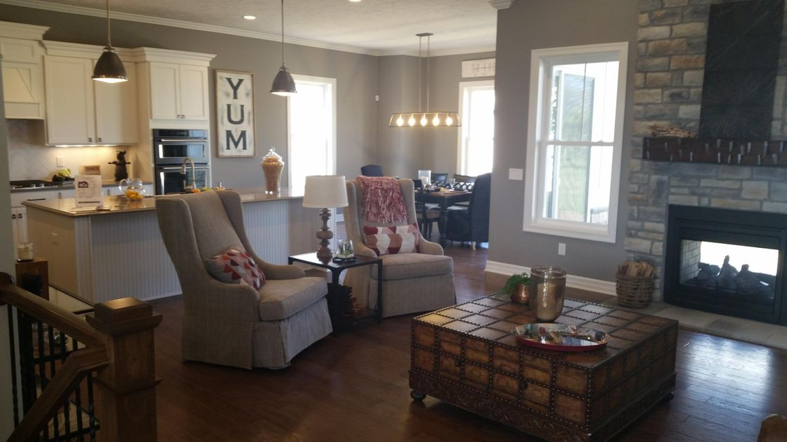 Photo of home for sale at 6790 Enfield Court, Dublin OH