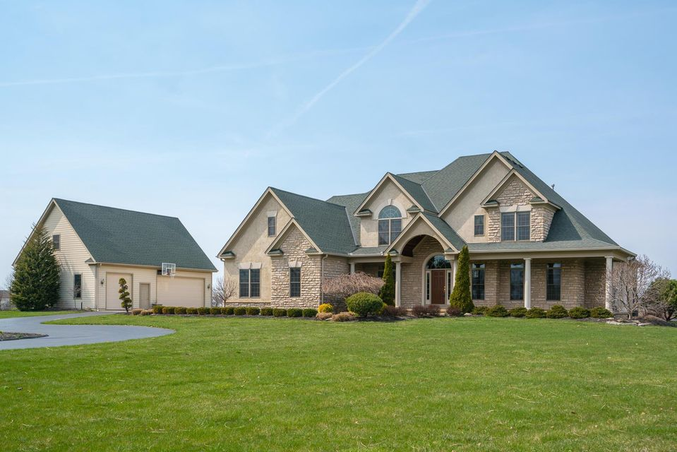 Photo of 4410 Home Road, Powell, OH 43065
