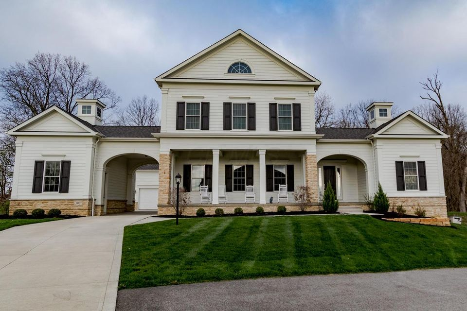 Photo of home for sale at 1685 Dartmoor Lane, Delaware OH