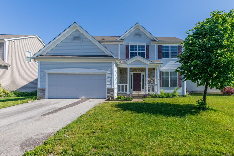 Photo of 446 Shadow Run Drive, Groveport, OH 43125