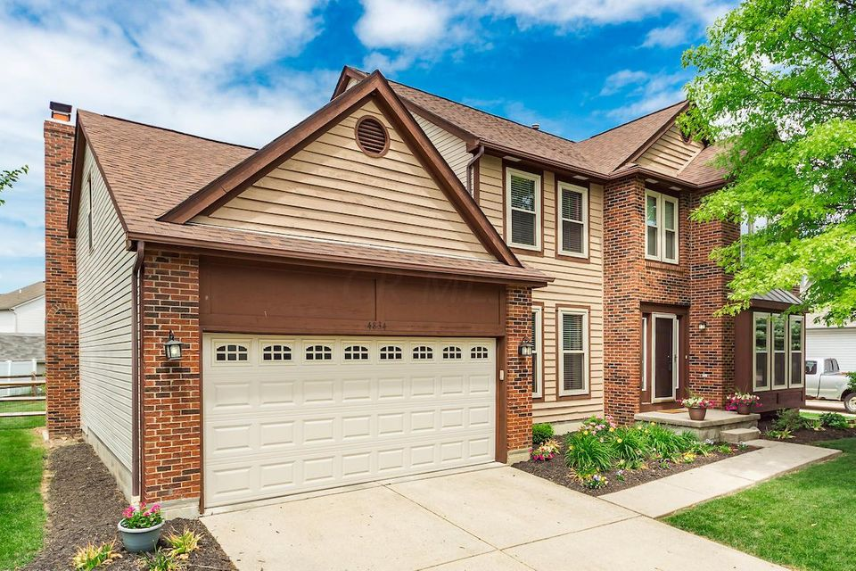 Photo of 4834 GROVE POINTE Drive, Groveport, OH 43125