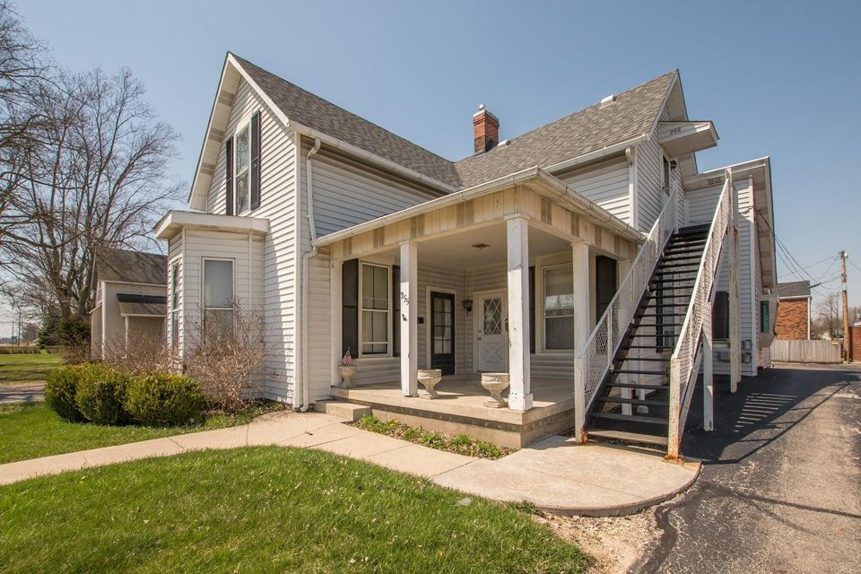 Photo of home for sale at 255 High Street W, London OH