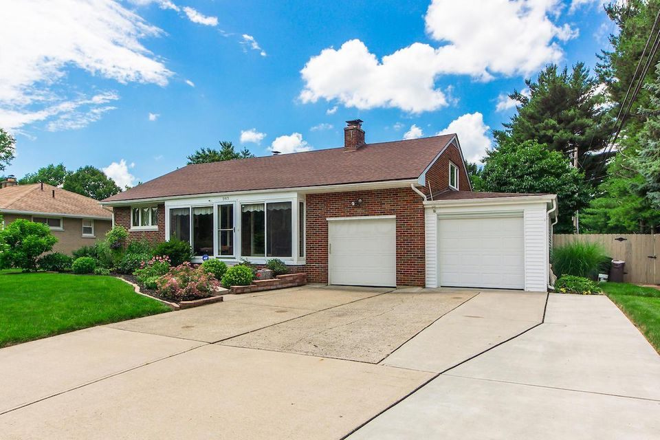 Photo of home for sale in Groveport OH