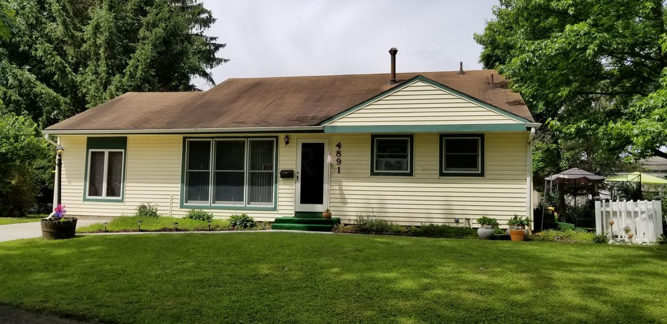 Photo of home for sale at 4891 Barbara Court, Columbus OH
