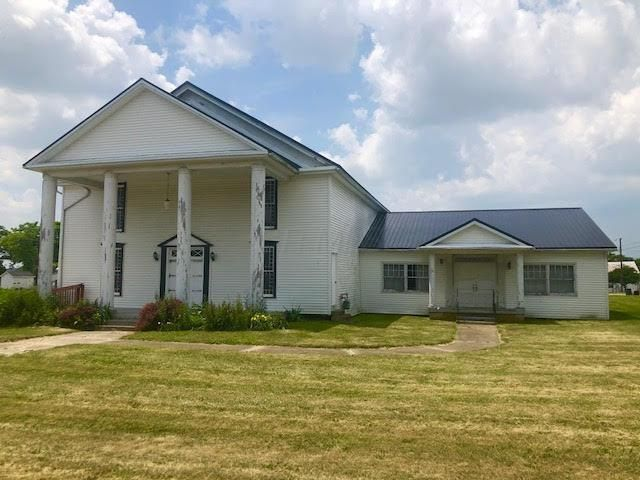 Photo of home for sale at 13790 Main Street, Sedalia OH